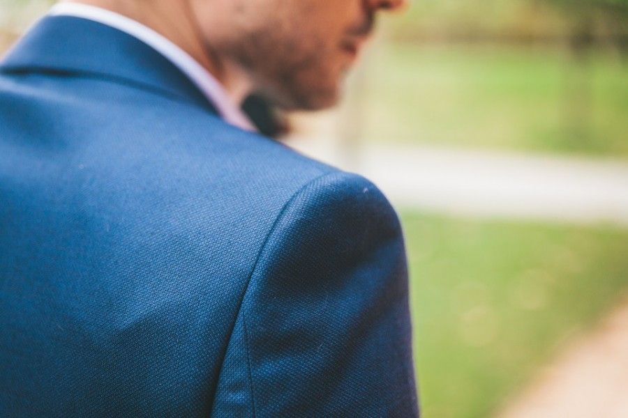 largeur d'épaule veste sur mesure