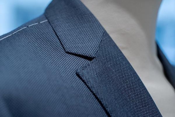 détails sous le bras intérieur veste tailleur homme