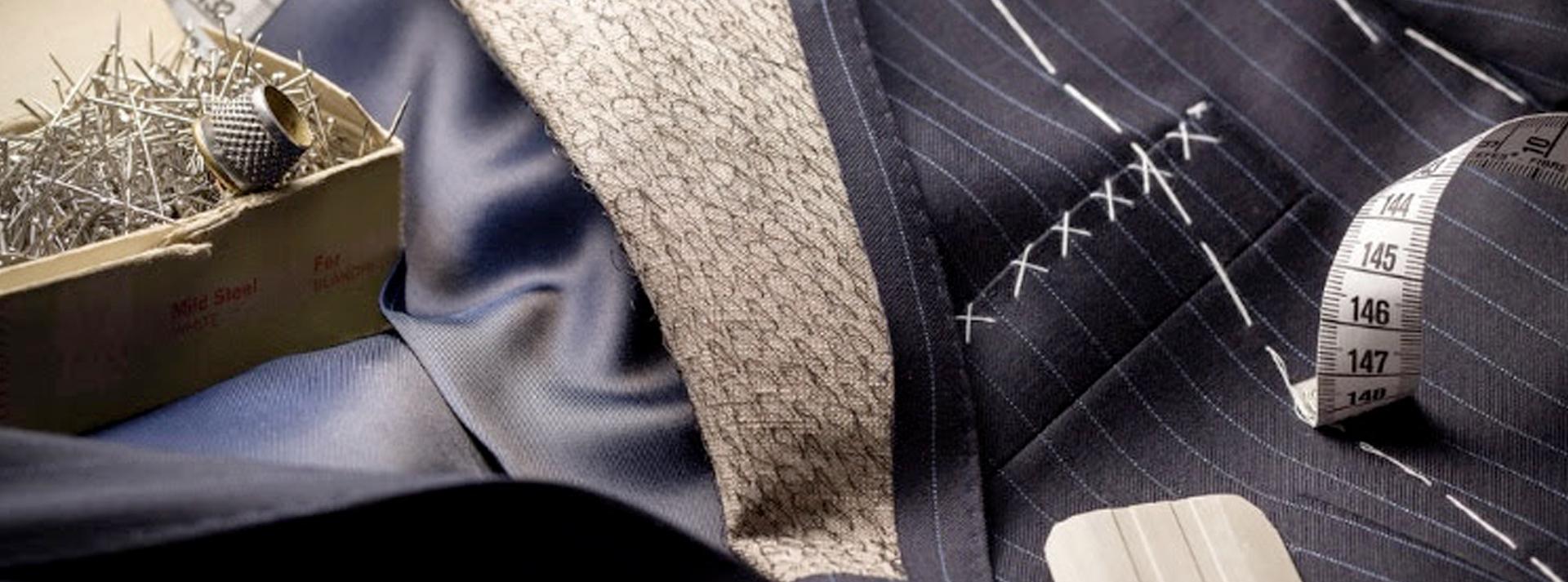photo d'une veste sur mesure à rayée